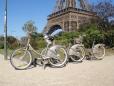 Bicicletas à frente da Torre Eiffel